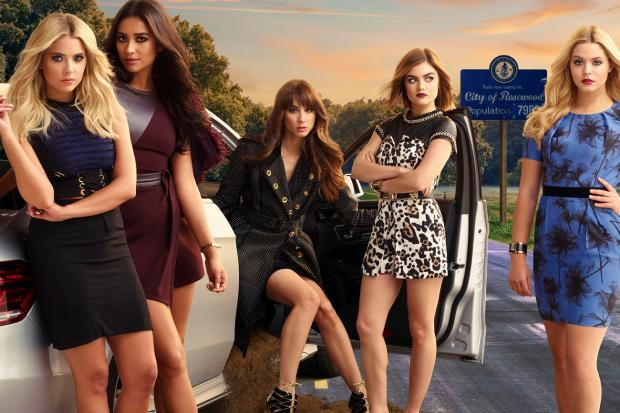 151215-news-pretty-little-liars